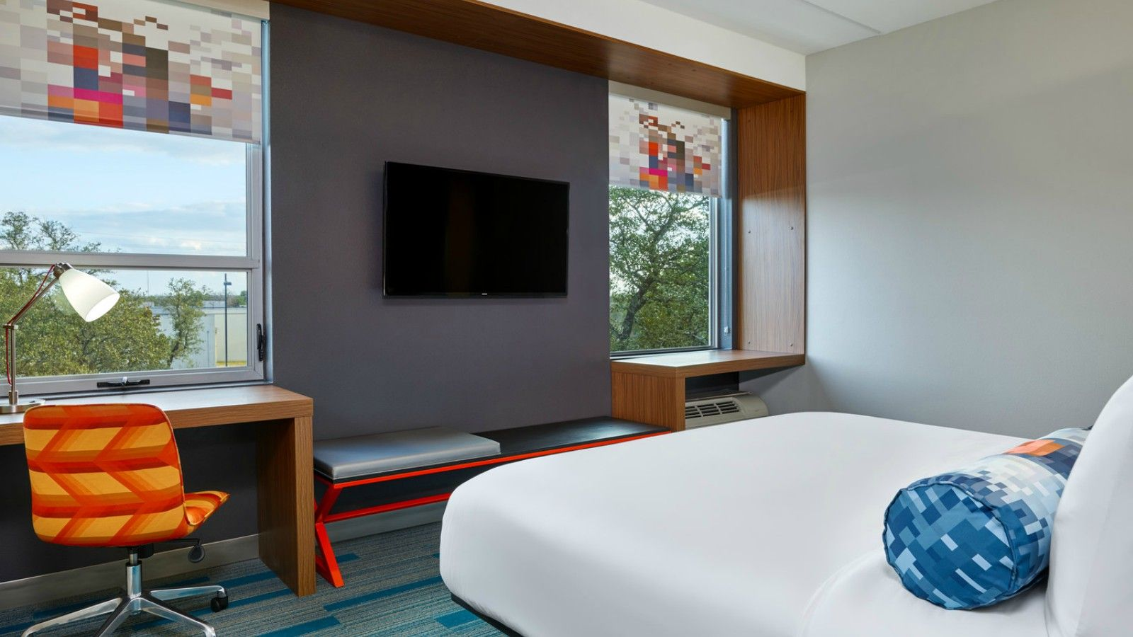 Austin Accommodations - Aloft King Room